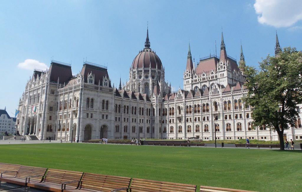 alkasa_196_budapest_parlamento